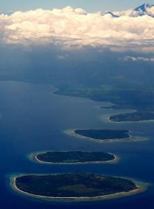 440px-Gili_Islands_&_Gunung_Rinjiani,_Lombok,_Indonesia